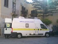 Favignana, lavori di mezza Estate: ufficio mobile di Poste Italiane
